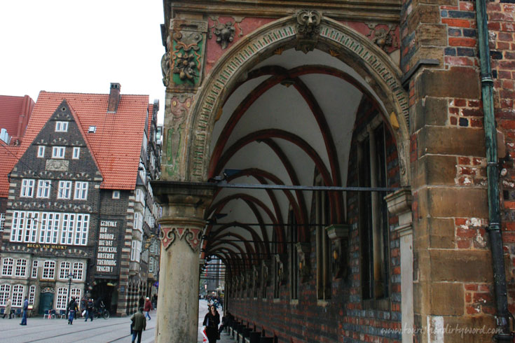 Bremen Rathaus, front arcade • Bremen Town Hall & Roland Ensemble