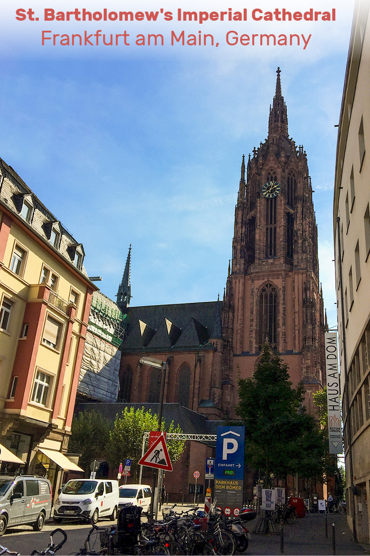 During reconstruction from the 1867 fire, the original 1415 plans by Madern Gerthener for a gothic spire atop the tower was finally brought to life. This Neo-Gothic tower is romantic and is a jewel on Frankfurt's crown of a skyline. Nestled into the old part, you turn a street corner and it's a surprise.