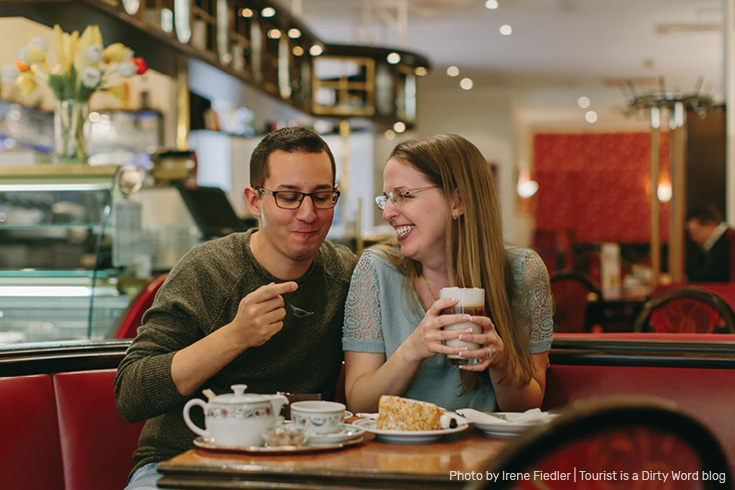 Kaffee und Kuchen at Cafe Mozart in Frankfurt am Main | Photo by Irene Fiedler for Tourist is a Dirty Word Blog