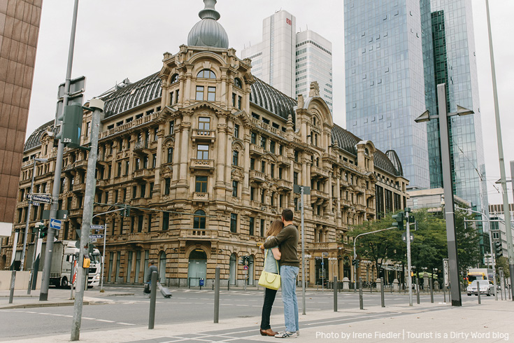 Blend of historic and modern in Frankfurt am Main | Photo by Irene Fiedler for Tourist is a Dirty Word Blog