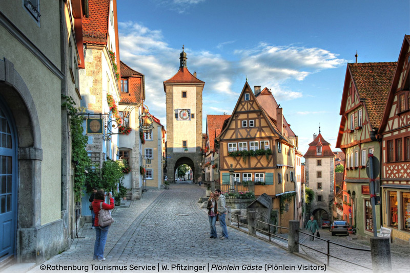 ©Rothenburg Tourismus Service | Plönlein Gäste Plönlein Visitors | W. Pfitzinger